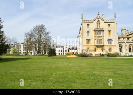 Old and New buildings St Johns College Cambridge 2019 - Stock Image