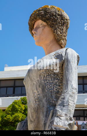 LAGOS, PORTUGAL - JULY 12TH 2018: Statue of Dom Sebastiao in the historic old town of Lagos in Portugal, on 12th July 2018. - Stock Image