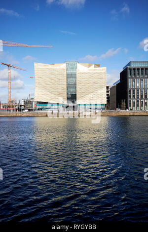 The Central Bank of Ireland head office on new wapping street north wall quay Dublin republic of Ireland - Stock Image