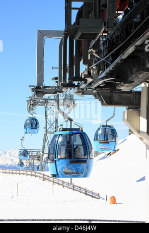 Cable car from Seis / Siusi up to the Seiser Alm / Alpe di Siusi, South Tyrol, Italy - Stock Image