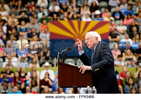 Tucson, Arizona, USA. 18th March, 2016. Bernie Sanders Rally at the Tucson Convention Center preceding the Arizona - Stock Image