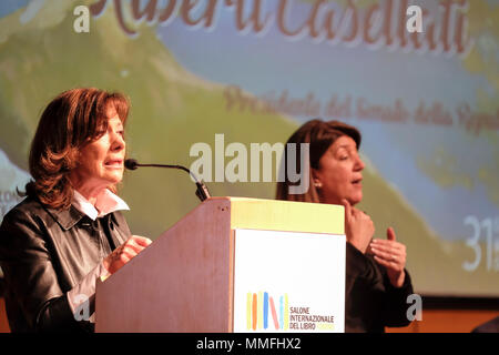 Turin, Piedmont, Italy, 10th May, 2018. International Book fair 2018,first day.The politician Elisabetta Casellati delivers the inauguration speach. Credit: RENATO VALTERZA/Alamy Live News - Stock Image