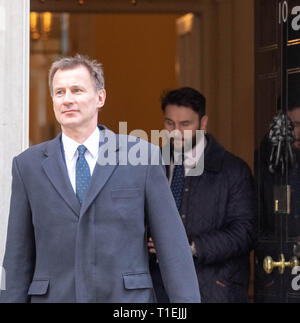 London 26th March 2019, Jeremy Hunt MP PC, Foreign Secretary, leaves a Cabinet meeting at 10 Downing Street, London Credit: Ian Davidson/Alamy Live News - Stock Image
