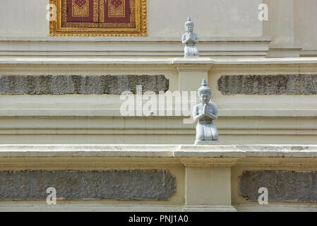 Royal Palace statuettes - Stock Image