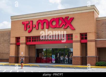 HICKORY, NC, USA-20 AUG 2018: A  T.J. Maxx store, one of more than 1000 in the clothing store chain. - Stock Image