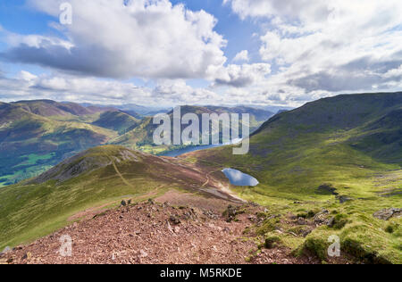 Views of Lake Buttermere & Bleaberry Tarn on route to the summit of Red Pike with Wandope, Robinson, Dale Head - Stock Image