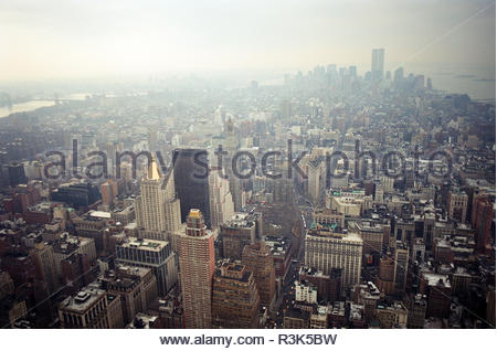 Manhattan viewed from the Empire State Building, looking south. The twin towers of the World Trade Center are visible. New York, USA., in Feb 2000. - Stock Image