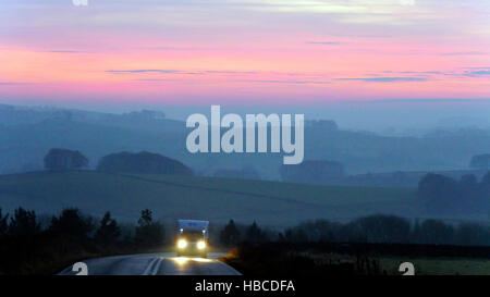 Derbyshire, UK. 5th Dec, 2016. UK Weather: amazing red sunset on a cold misty foggy evening from the A515 between - Stock Image
