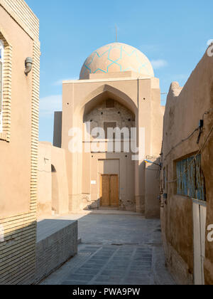 Alley of Yazd old town, Iran - Stock Image