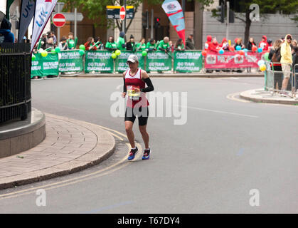 Meryem En-Nourhi competing for Morocco, in the 2019 London Marathon. She went on to finish 3rd in the T11/12 Category, in a time of 03:18:11 - Stock Image