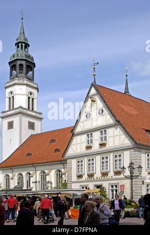 Germany, Lower Saxony, Celle, marketplace, old city hall with town church Saint Marien - Stock Image