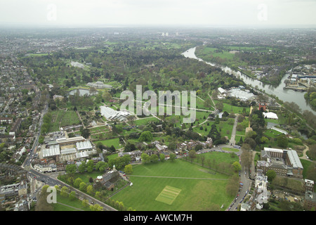 Aerial view of the Royal Botanic Gardens in Kew featuring the Princess of Wales Conservatory and the Palm House - Stock Image