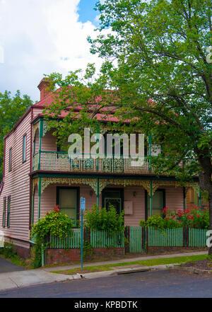 Victorian-era country home in Daylesford, a 19th century gold rush-era town in Victoria, Australia - Stock Image