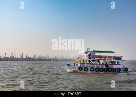 Mumbai boat ride, India - Stock Image