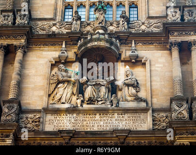 Stone carving on the Tower of the Five Orders at the Bodleian Library, Oxford University, England - Stock Image