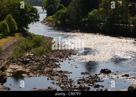 River Tummel as it flows away from the hydro electric dam at Pitlochry, Perthshire - Stock Image