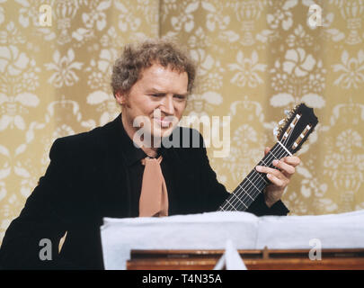 Siegfried Sigi Schwab, deutscher Gitarrist und Komponist, Deutschland ca. 1984. German guitarist and composer Siegfried Sigi Schwab, Germany ca. 1984. - Stock Image