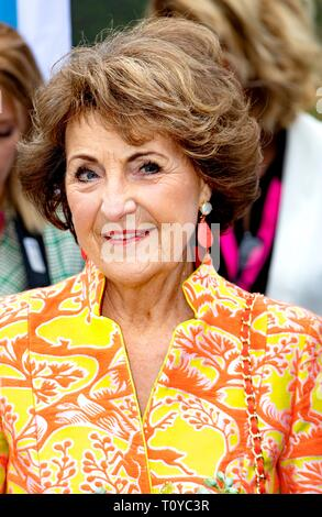 Doorn, Netherlands. 22nd Mar, 2019. Princess Margriet of The Netherlands arrives at Landgoed Zonheuvel in Doorn, on March 22, 2019, to open the congres Let?s Connect of the foundation Plots- en Laatdoven, the foundation helps people who have suddenly or gradually become deaf Credit: Albert Nieboer/ Netherlands OUT/Point de Vue OUT |/dpa/Alamy Live News - Stock Image