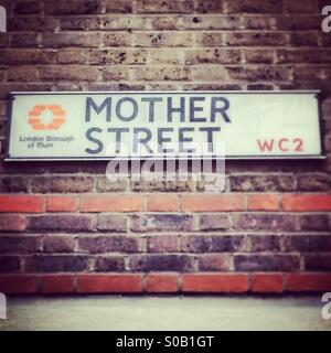 Mother street - Stock Image