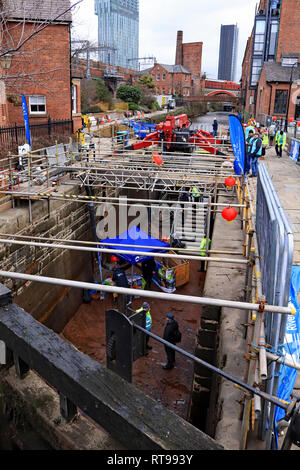 Cw 6600 lock 92 the Rochdale set up for the open day 9.2.19  As part of the winter 2018 -19 maintaince programme the Canal and River Trust are working - Stock Image