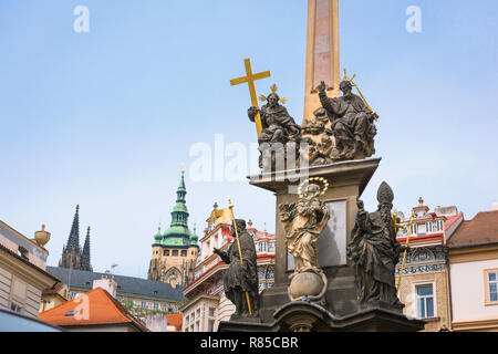 Baroque architecture, view of the 17th century Plague Monument and Baroque buildings sited in Malostranske Namesti in the Mala Strana area of Prague. - Stock Image