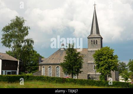 Deutschland, NRW, Städteregion Aachen, Eifel, Kirche von Monschau-Mützenich, Mützenich ist eine Exklave und komplett von Belgien umschlossen. - Stock Image