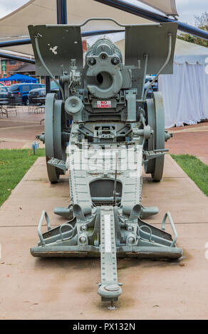 HICKORY, NC, USA-10/14/18: The back of a WWII captured German Howitzer cannon, on permanent display in downtown. - Stock Image