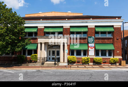 HICKORY, NC, USA-9 JUNE 18: Home of the Hickory Community Theatre, formerly the City Hall. - Stock Image