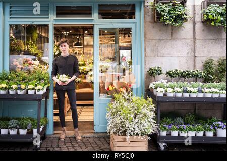 France, Loire-Atlantique, Nantes, florist, Audric Ronfort, winner C'est le bouquet broadcast on TF1 - Stock Image