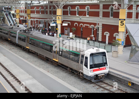 An electric train sitting at the platform (Armadale line) in Perth Central Station, Western Australia. - Stock Image