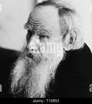 Count Lev Nikolayevich Tolstoy, usually referred to in English as Leo Tolstoy was a Russian writer who is regarded as one of the greatest authors of all time. Scanned from image material in the archives of Press Portrait Service - (formerly Press Portrait Bureau). - Stock Image
