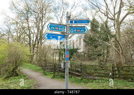 Strathkelvin Railway Path signpost between Campsie Glen and Strathblane - cycle route 755, John Muir Way, Thomas Muir Trail, Scotland, UK - Stock Image