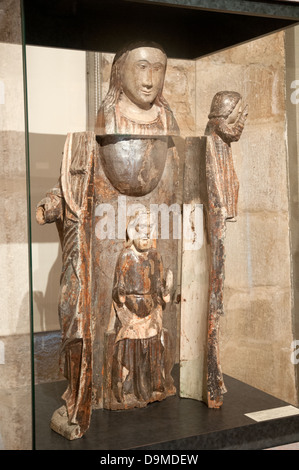 Vierge Ouvrante Virgin Mary medieval wooden statue which opens cupboard like to reveal Christ Rolin Museum Autun - Stock Image