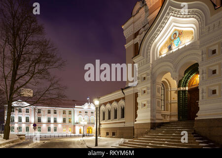 Winter dawn at the entrance to Alexander Nevsky orthodox church in Tallinn old town. - Stock Image