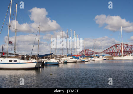South Queensferry Yacht club with Forth Rail crossing Scotland - Stock Image