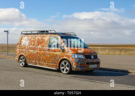 Multi-coloured 2007 VW Volkswagen Tr-Porter T32 130 TDI LWB - Stock Image