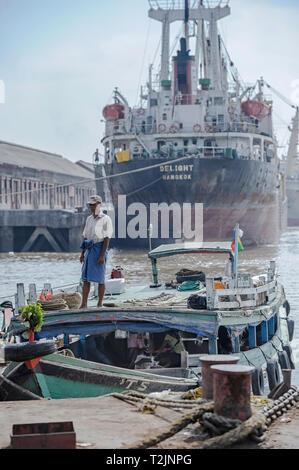 Ships and boats at the shipping port on the Yangon River, Yangon Myanmar (Burma) - Stock Image