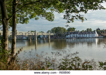 Kew Railway Bridge in London - Stock Image