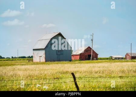 Farm buildings, barns, in rural Kansas, a few miles from Wichita, USA. - Stock Image