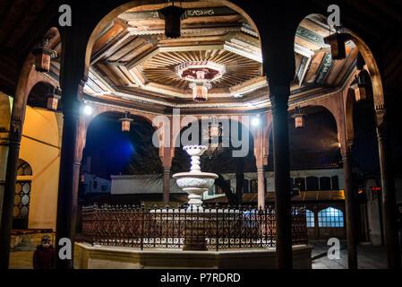 Shadirvan Fountain on courtyard of Gazi Husrev-beg Mosque in Sarajevo, Bosnia and Herzegovina - Stock Image