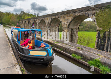 The Chirk aqueduct and railway viaduct over the Ceiriog valley North Wales. THe Shropshire Union canal at Chirk. - Stock Image