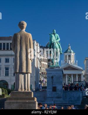 Brussels, statue of King Albert and Queen Elisabeth of Belgium - Stock Image