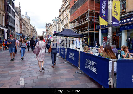 Shoppers and tourists on Buchanan Street in Glasgow, Scotland - Stock Image