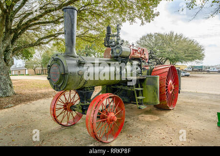 Old antique, vintage Advance-Rumely steam traction farm tractor from the early 1900's on display in Montgomery Alabama USA. - Stock Image