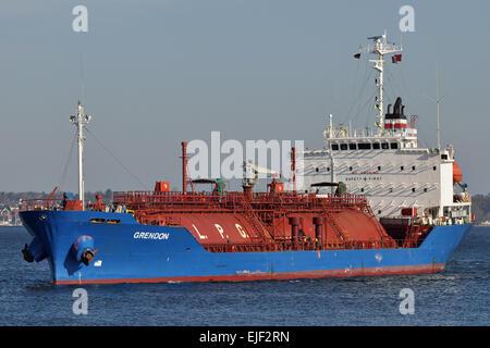 LPG-Carrier Grendon entering Holtenau locks in Kiel - Stock Image