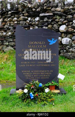 Donald Malcolm Campbell's grave. Coniston,  Lake District, Cumbria, England - Stock Image