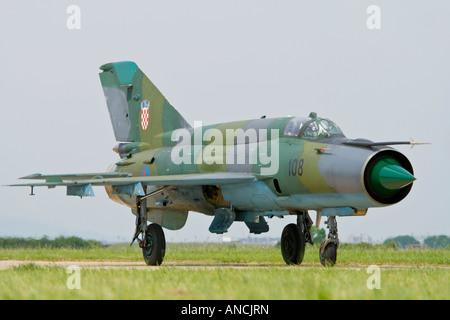 Croatian Air Force MiG-21 BISD '108' fighter taxiing after landing, Pleso AFB during 'open day' - Stock Image