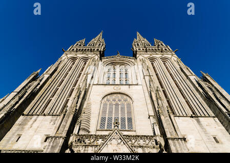 Low angle view of the Cathedral of Quimper agaisnt blue sky - Stock Image
