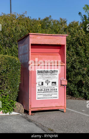 Donation Center, clothes and shoes donation bin, Sunnyvale, California, USA - Stock Image