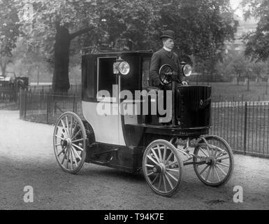1896 Bersey electric taxi cab - Stock Image